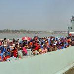 بنگلادش پناهندگان روهینگیا را از اردوگاه ها به جزیره از راه دور منتقل می کند